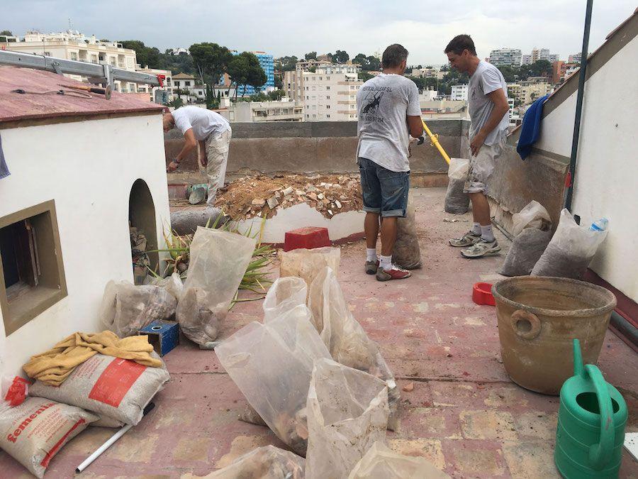 Limpieza de cubiertas y terrados en Mallorca