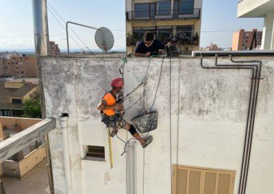 Colocación de canaleta en trabajo vertical y soldadura